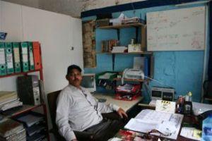 Roy_in_office
