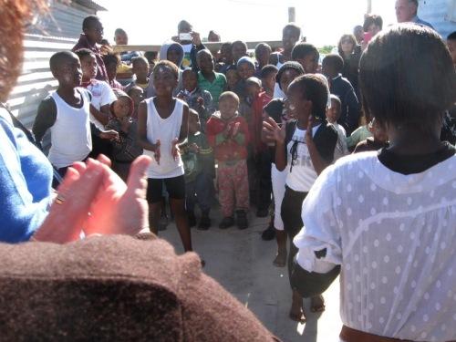 070_-_dancing_children_-_rias_kitchen_-_aug_2012